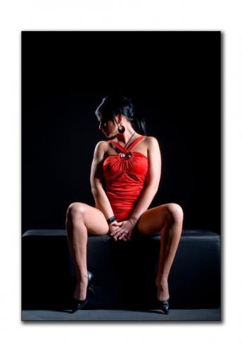 Carsten-Dauer-Photography-CD0 2737 blicklinksrotesSofa BEL 21x30